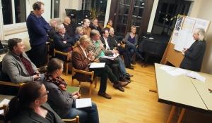 Workshop des Sanierungsbeirats im Konzertsaal der Mendelssohn-Musikschule in der Stukenbrok-Villa.