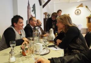 Bürgermeisterin Dr. Sabine Michalek mit CDU-Ratsmitgliedern Ulrich Vollmer und Antje Sölter (v.r.).