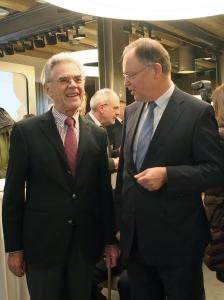 Karl-Heinz Rehkopf und Stephan Weil am Donnerstag in Einbeck.