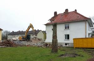 Jetzt wird abgerissen. Aufnahme vom 03.03.2015