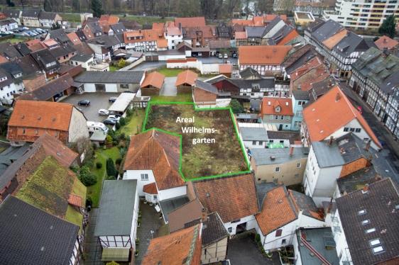 """Dort liegt der """"Wilhelmsgarten"""" zwischen Marktstraße (vorn) und Tiedexer Straße (rechts). Foto: Verein Kultur-im-Team.de"""