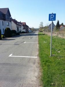 Neue Parkplätze entlang der Vogelbecker Straße.