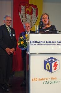 Horst Diercks, Aufsichtsratsvorsitzender Bernd Amelung, Bürgermeisterin Dr. Sabine Michalek.