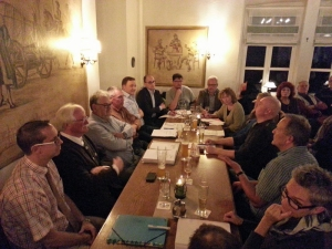 """In der """"Burgschänke"""" fand heute die außerordentliche Ortsratssitzung statt - vor großer Besucherkulisse."""