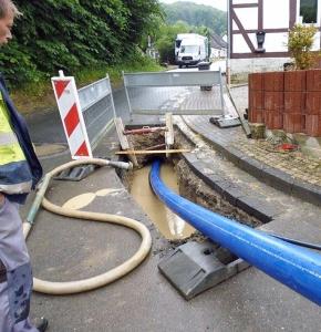Verlegung der neuen Trinkwasserleitung in Greene. Foto: Stadtwerke Einbeck GmbH