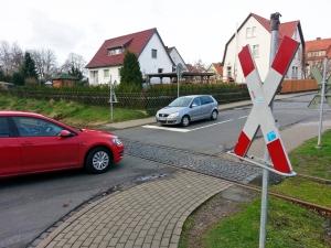 Soll Signale bekommen: der unbeschrankte Bahnübergang am Münsterkamp/Langer Wall.