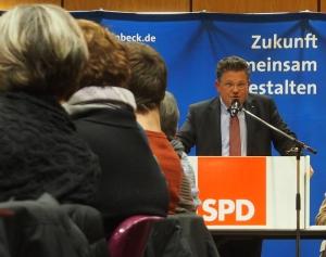 Dr. Andreas Philippi.